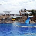 3-story gigantic pool