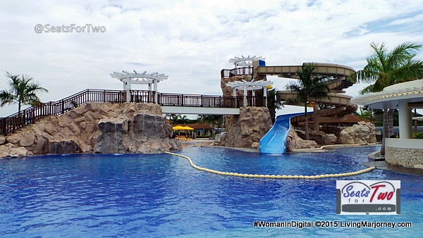 3-story gigantic pool