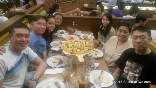 Shakeys-Time with the Uy Familyi