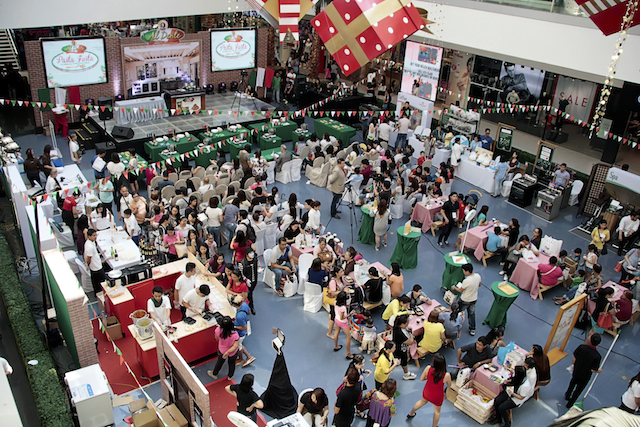 SM Mall of Asia, Main Mall Atrium