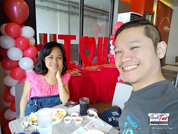 SeatsForTwo Valentine's Day at Jollibee