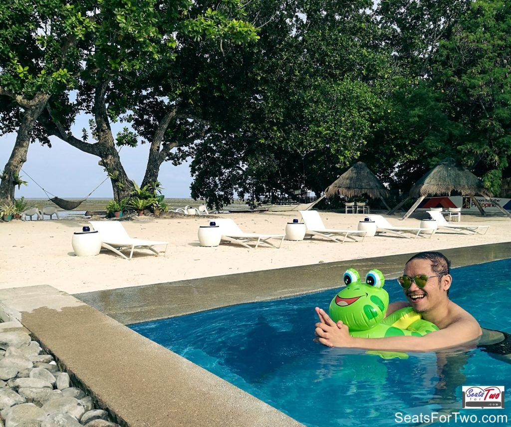 Jonel-SeatsForTwo-Travel-Blog